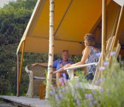 Terrasse Glampingzelt in den Vogesen, Campingplatz Au Clos de la Chaume